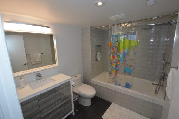 Bathroom Renovation - 6 foot bathtub - Bloor West Village - Toronto - GTA