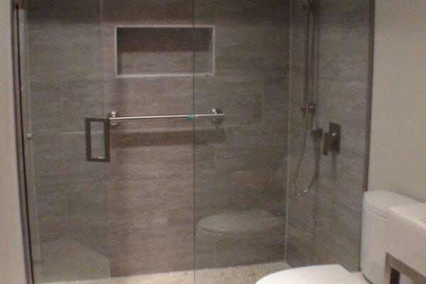 Bathroom Renovation - Curbless shower - Etobicoke - Toronto - GTA
