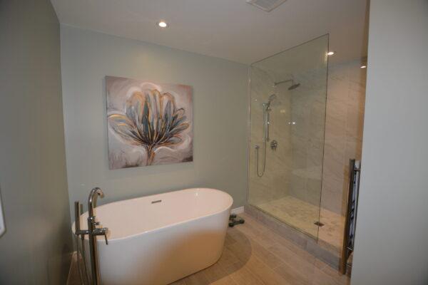 Bathroom Renovation - Stand Alone bathtub - Thornhill - Toronto - GTA