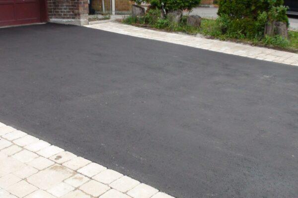 Driveway Renovation - Asphalt driveway with Interlock sides - North York - Toronto - GTA