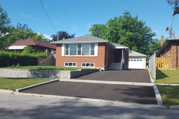 Driveway Renovation - Asphalt driveway with retaining walls - Scarborough - Toronto - GTA