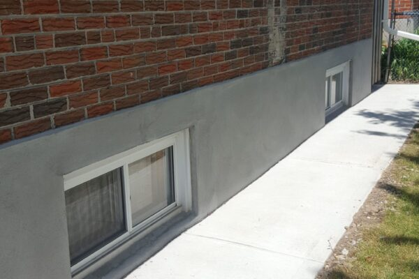 Exterior Renovation - Concrete sidewalk - Scarborough - Toronto - GTA