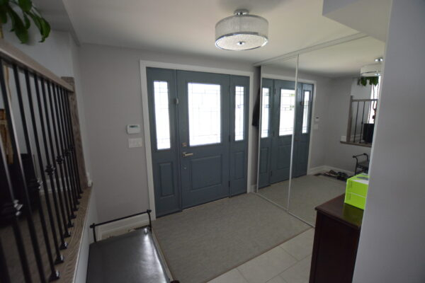 Interior Renovation - Front door - Tile - Clean - Modern - Foyer - Lighting - Markham- Toronto