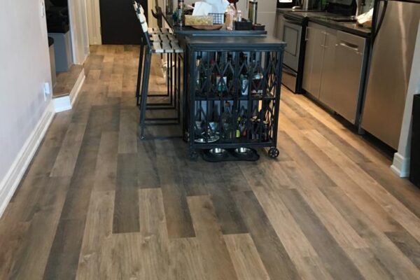 Interior Renovation - Vinyl flooring - Trim - Condo - Toronto - GTA