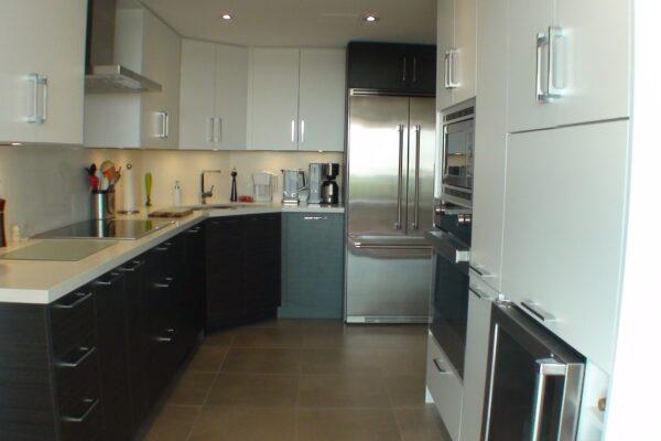Kitchen Renovation - Custom Condo Kitchen - Oakville - Toronto - GTA