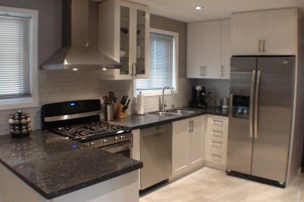 Kitchen Renovation - Custom Kitchen - Custom Cabintry - North York - Toronto - GTA