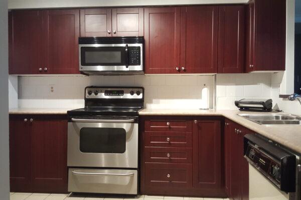 Kitchen Renovation - Custom Kitchen - Thermofoil Cabintry - Scarborough - Toronto - GTA