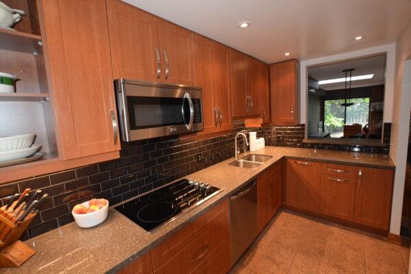 Kitchen Renovation - Custom Kitchen - cook top - Scarborough - Toronto - GTA