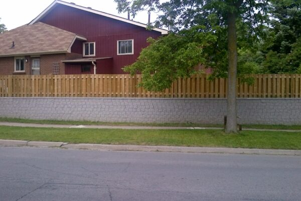 Landscaping Retaining wall and fence - Pickering - Toronto - GTA