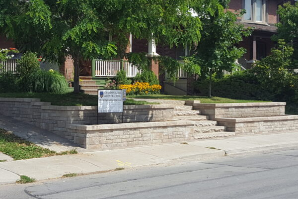 Landscaping Retaining wall and steps - hardscape -Toronto - GTA