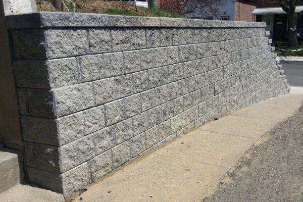 Landscaping Retaining wall - hardscape -York - Toronto - GTA